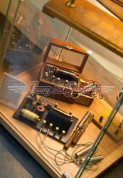 Historický léčebný přístroj